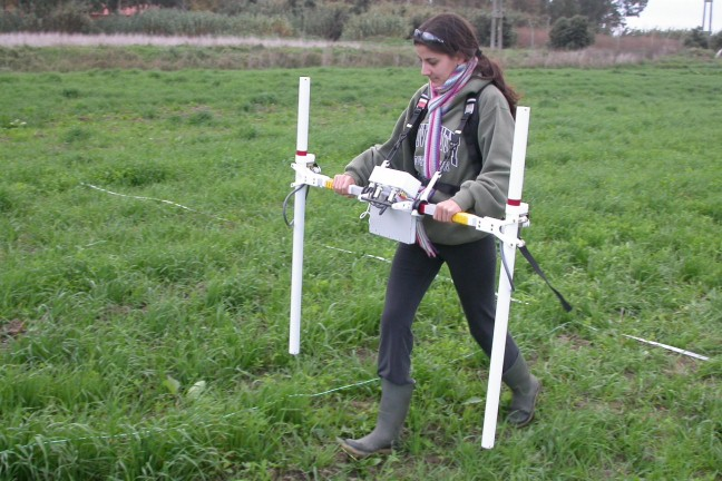 A fluxgate gradiometer in use at Portus